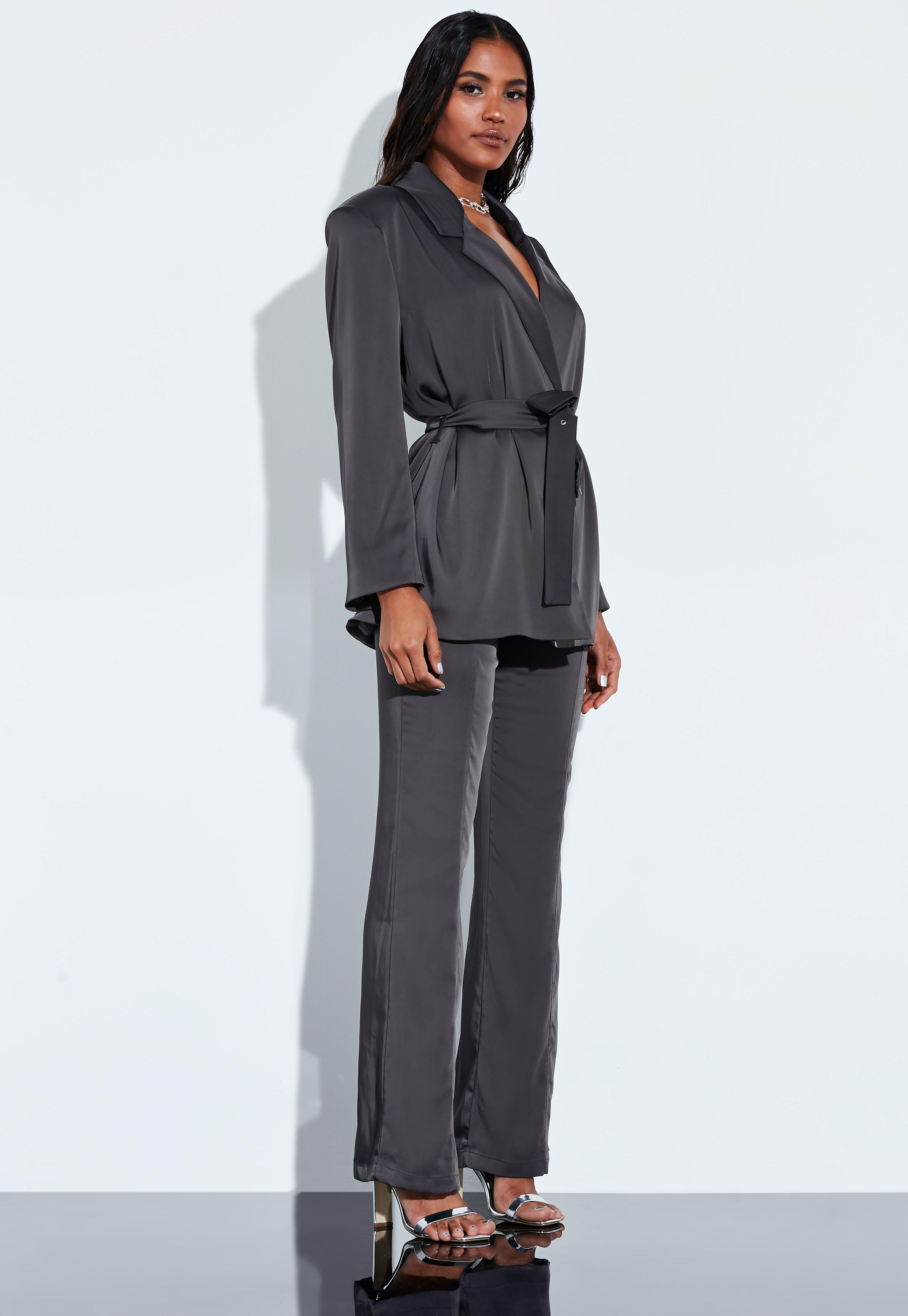 af413b0547b3 Trajes de chaqueta de mujer | Americanas y pantalones de pinza - Missguided