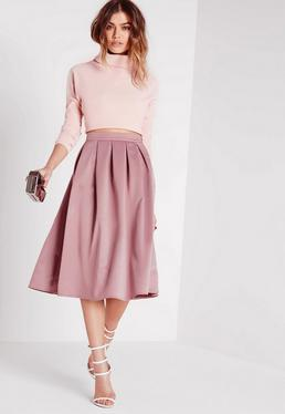 Różowa satynowa rozkloszowana spódnica za kolano