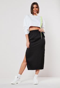 черная атласная двойная юбка миди