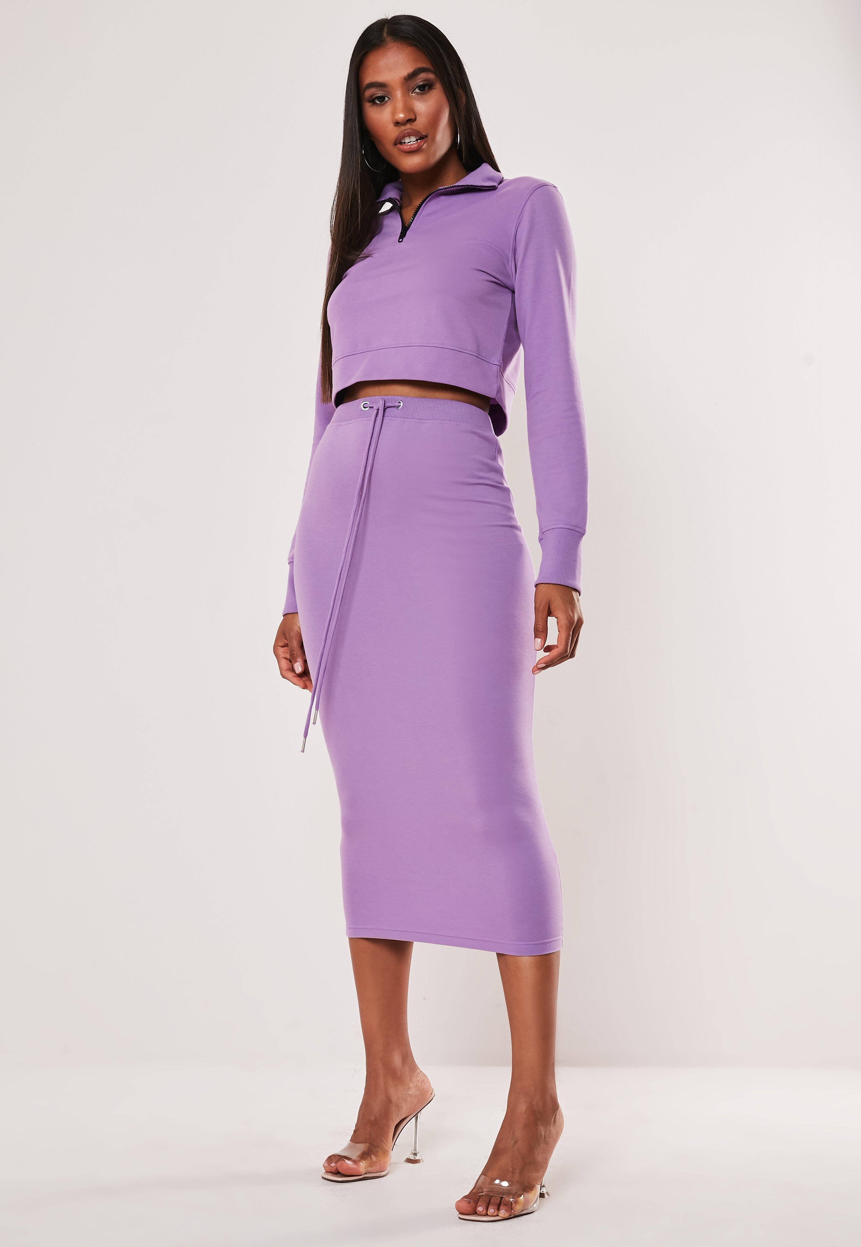 9da24e644e51af Jupe mi-longue violette avec élastique
