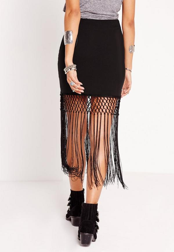 Be on-trend with this midi fringe skirt. With a fitted waist and tiered fringe detailing, you'll be able to embrace this season's trend and look super chic.