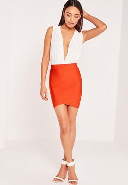 Mini-jupe asymétrique rouge Premium effet bandage