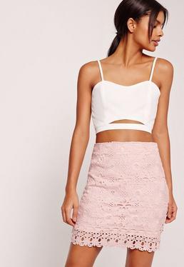 Mini-jupe en dentelle rose