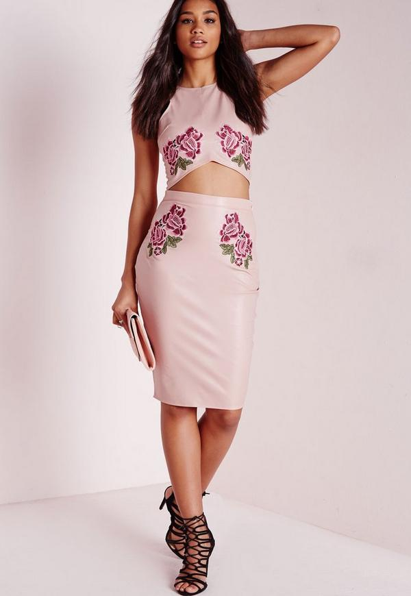 faux leather embroidered midi skirt pink missguided
