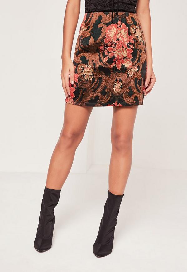 revendeur 427c8 1a103 Mini-jupe rouge en jacquard