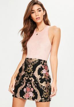 Mini-jupe noire imprimé brocart fleuri