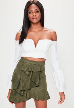 Zamszowa mini spódniczka z falbanami w kolorze khaki