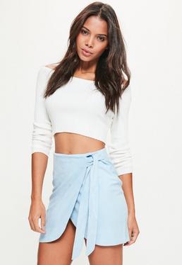 Mini jupe portefeuille bleue en suédine à nouer