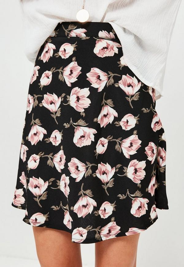 Black Floral Printed Crepe Mini Skirt | Missguided