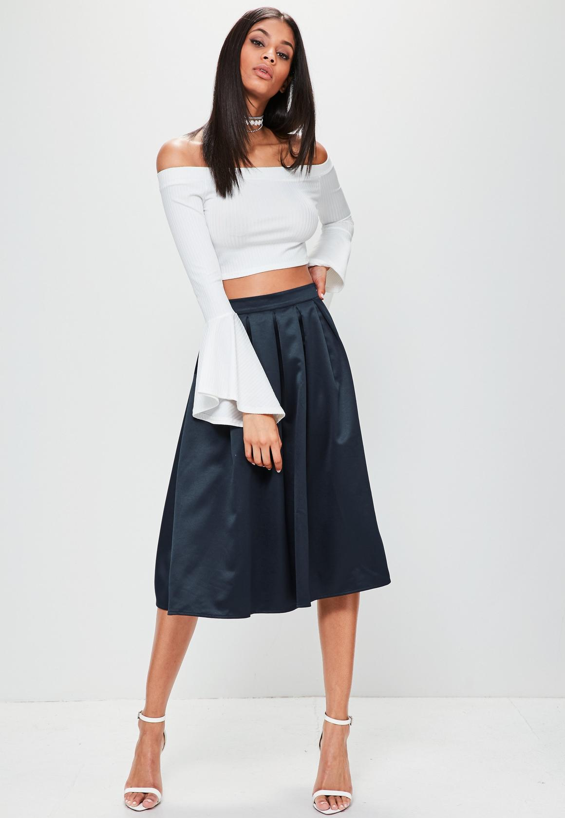 Navy Satin Pleated Waistband Full Midi Skirt | Missguided