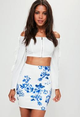 Mini-jupe blanche en néoprène imprimé fleuri