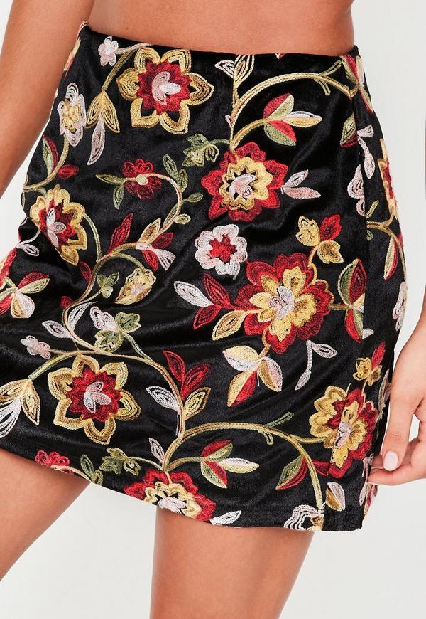 Black Velvet Floral Embroidered Mini Skirt Missguided
