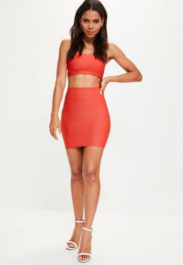 Feel good vibes only in a super stylish bandage skirt from Missguided. From subtle shades of white, mauve and nude, to the perfect statement piece, this figure flattering beauty is a must for all our babes!