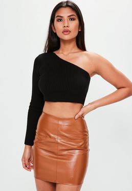 Falda de cuero sintético en marrón