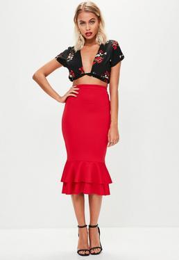 Falda midi con volantes de scuba en rojo
