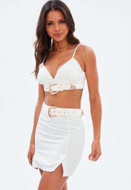 Biała spódniczka z paskiem