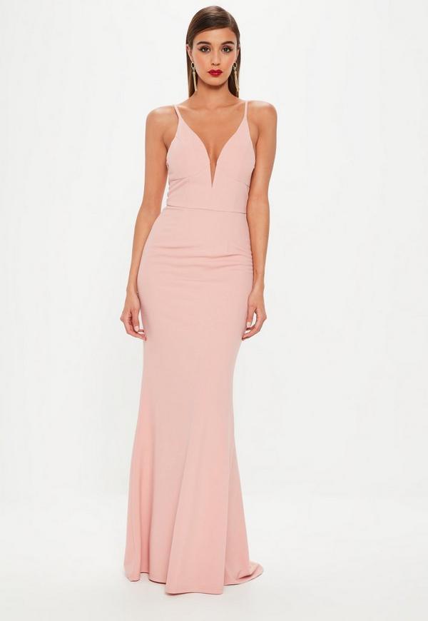 Vestido largo con escote en v con cola de sirena en rosa   Missguided
