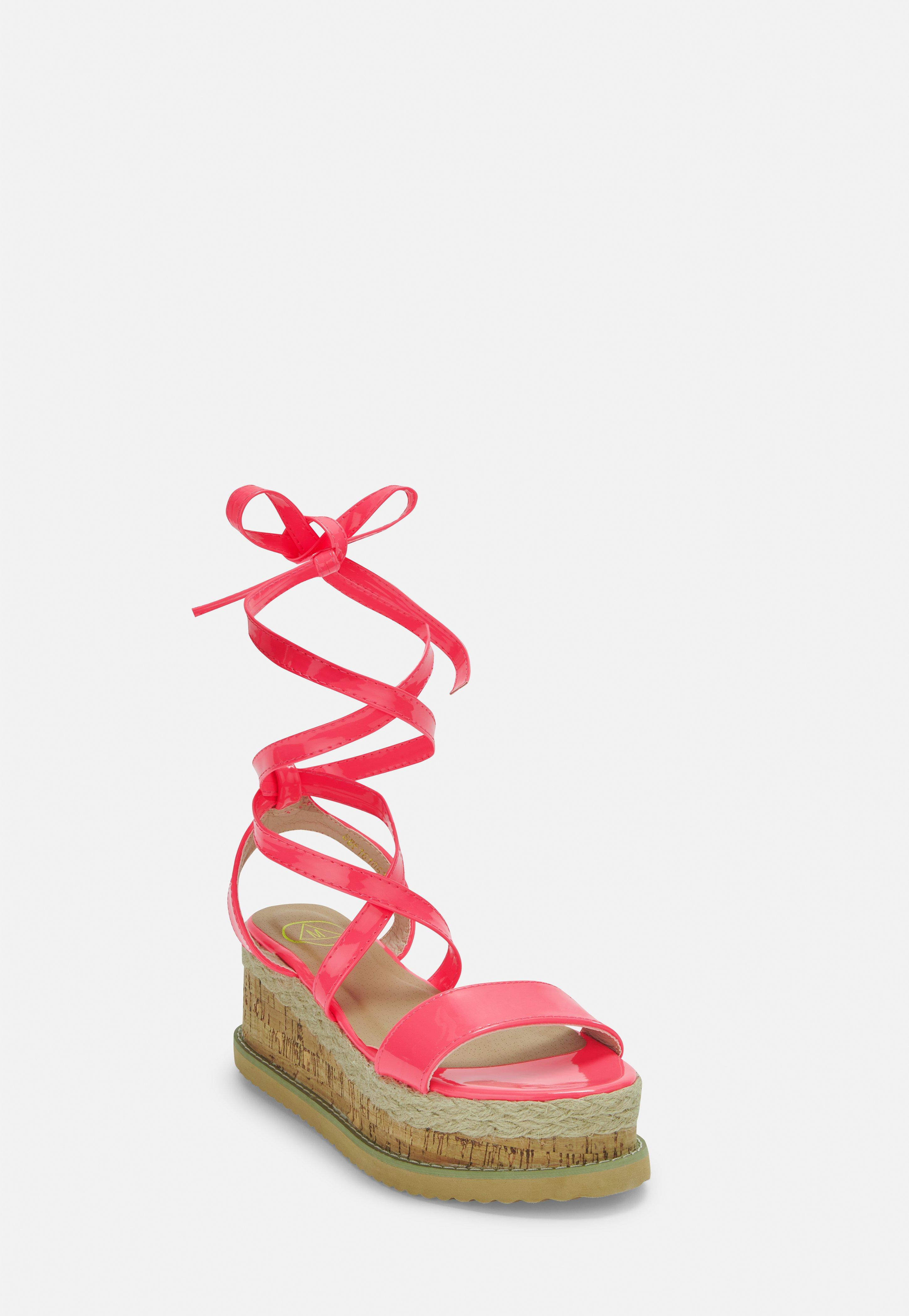 4b8929e2c8e9 Sandals UK - Womens Sandals Online - Flip Flops- Missguided