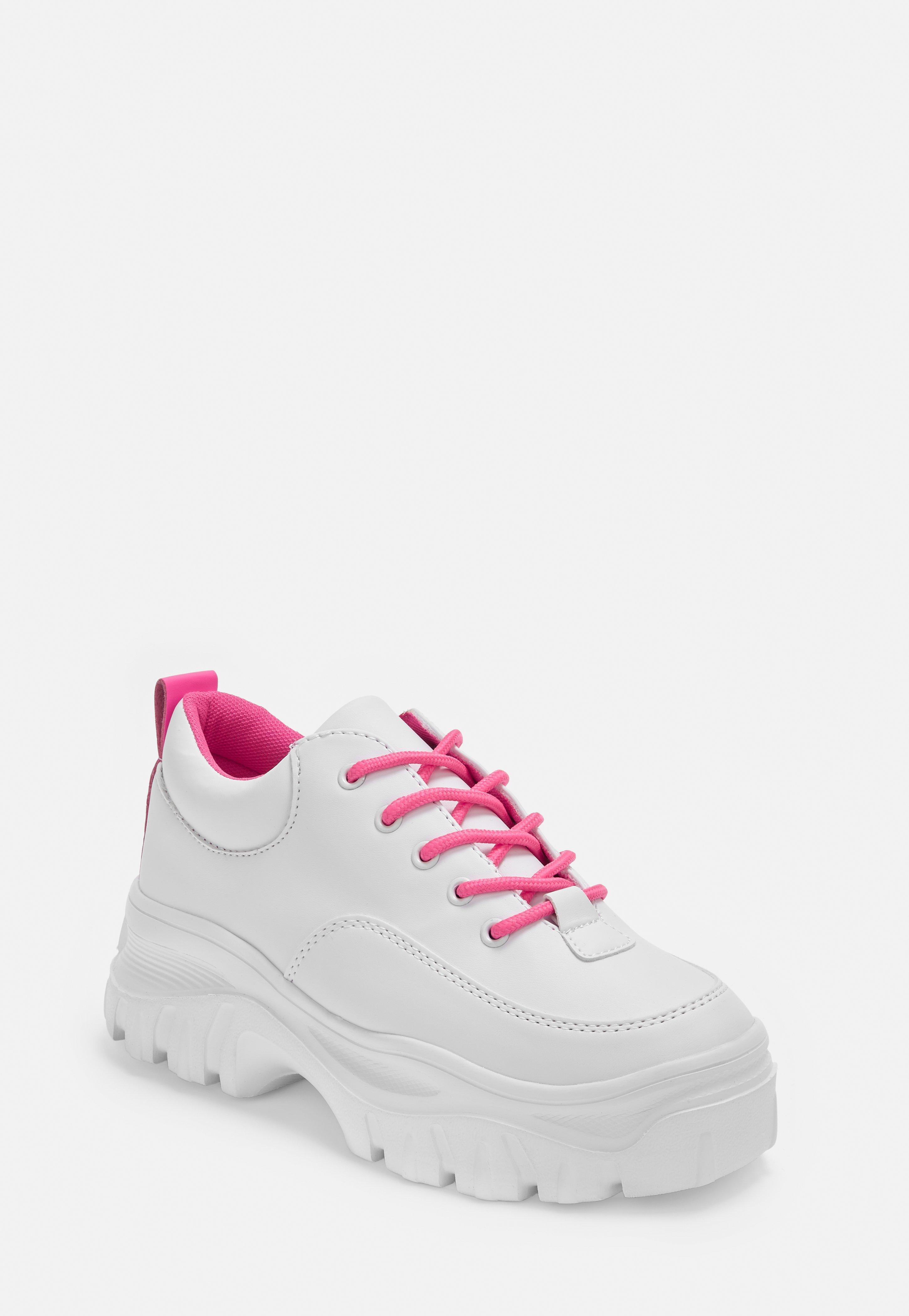 66d99c538bf6 Shoes