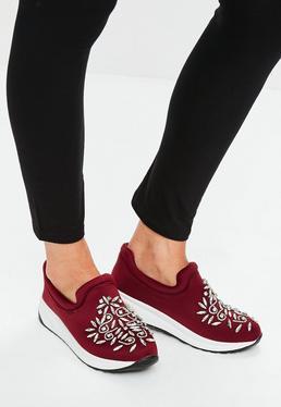 Burgundy Embellished Toe Running Shoes