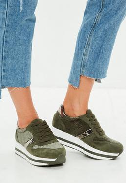 Zielone buty na platformie