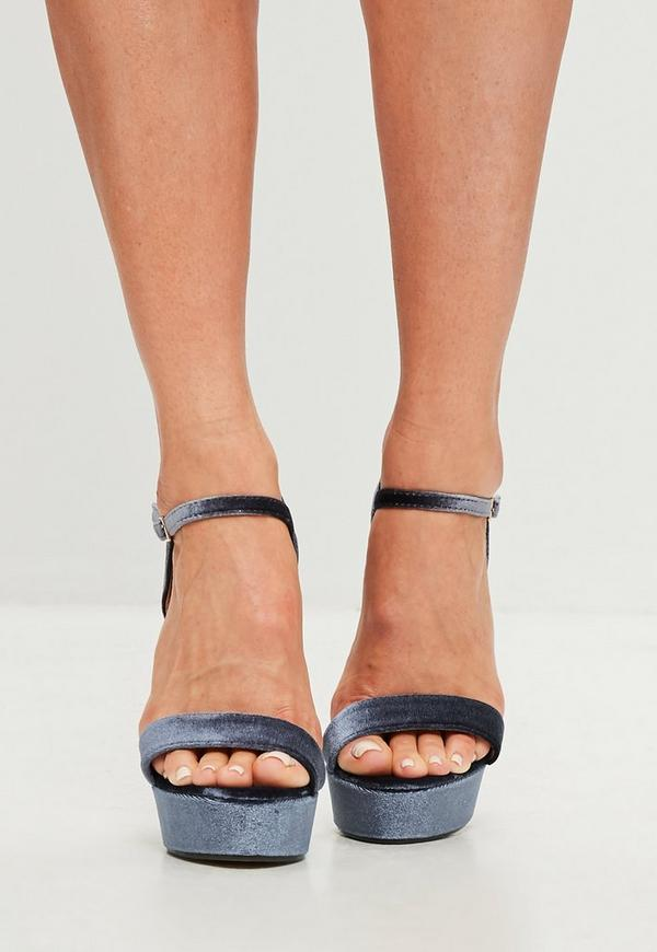 graue stiletto sandalen aus samt mit plateau missguided. Black Bedroom Furniture Sets. Home Design Ideas