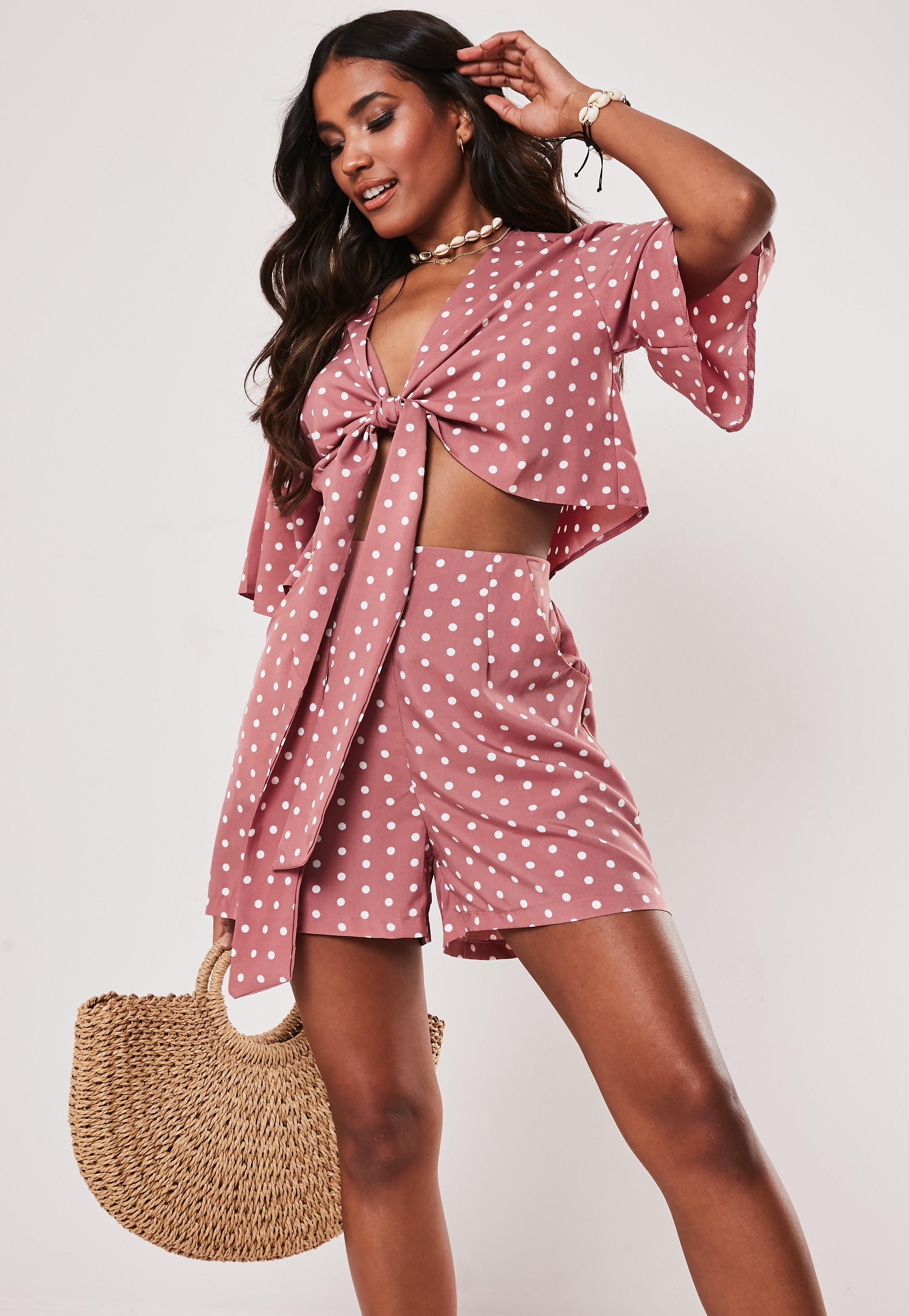 232c2446231 Holiday Clothes | Holiday Dress & Holiday Outfits | Missguided