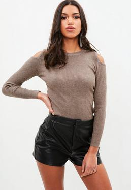 Brown Cold Shoulder Ribbed Knitted Top