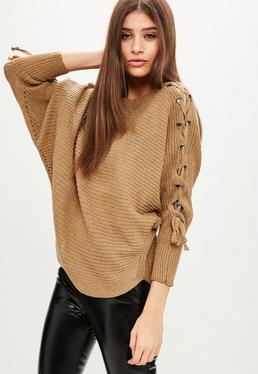 Karmelowy sweter nietoperz z wiązaniami