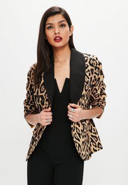 Blazer con estampado de leopardo en marrón