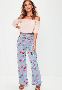 Pantalon large bleu à rayures et fleurs