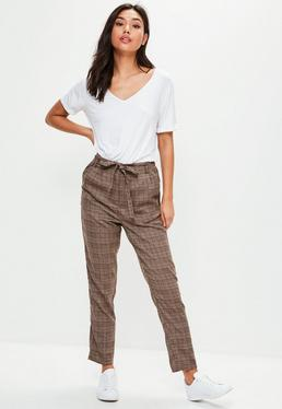 Pantalón de cuadros con cintura paperbag en marrón