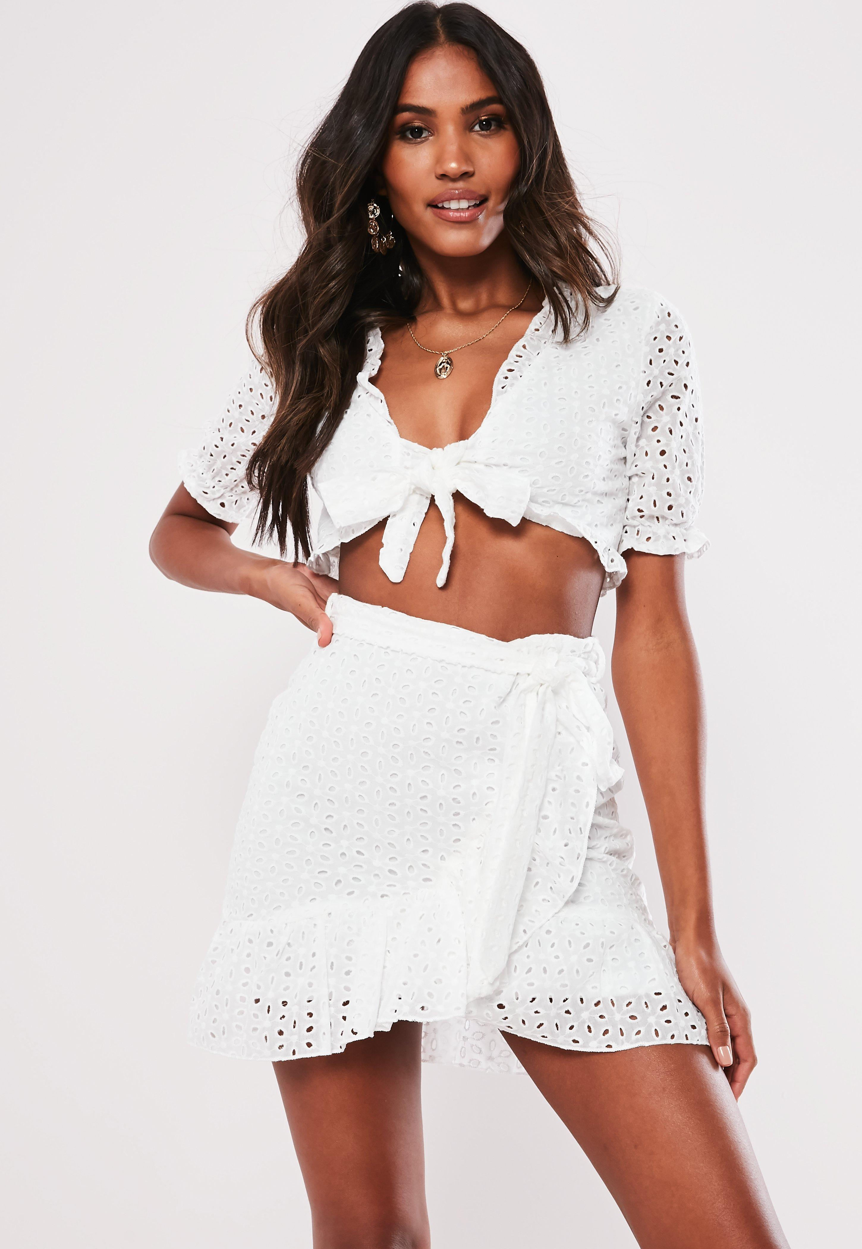 f4a5785839 White Broderie Anglais Crop Top And Skirt Co Ord Set | Missguided