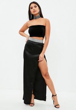 Falda larga con brillantes de satén en negro