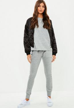 Conjunto de pantalón y top de punto en gris