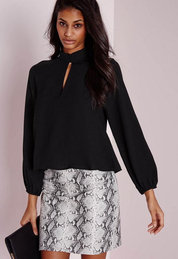 Keyhole Pintuck Blouse Black