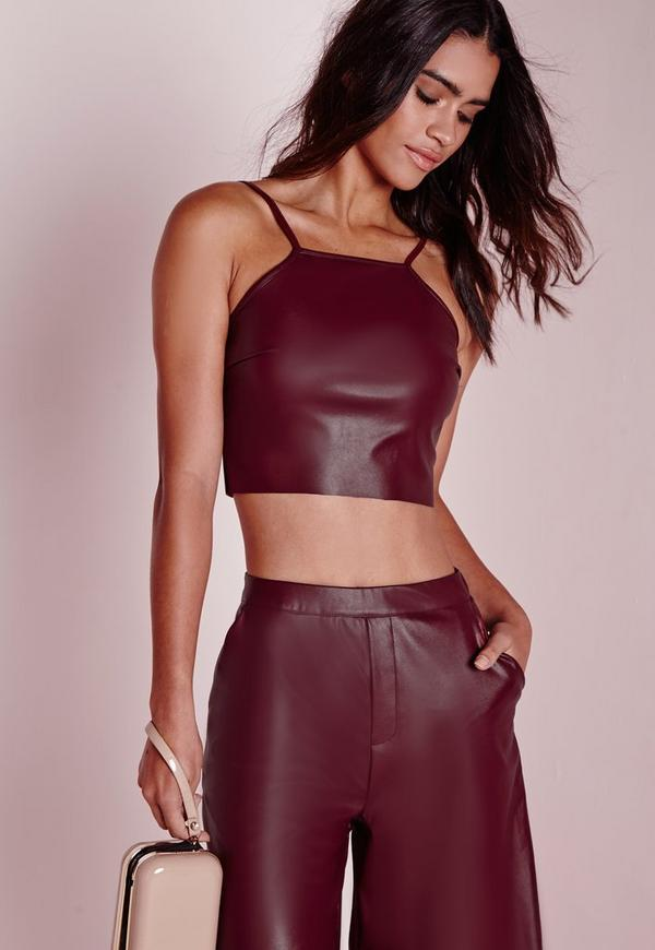 Cut the crop and shop Windsor Store's hot collection of crop tops! Everything from cropped tees, tanks and blouses. Shop a wide selection of off shoulder crop tops, long sleeve crop tops and basic tank crop tops at Windsor Store! Inspiring and empowering women since
