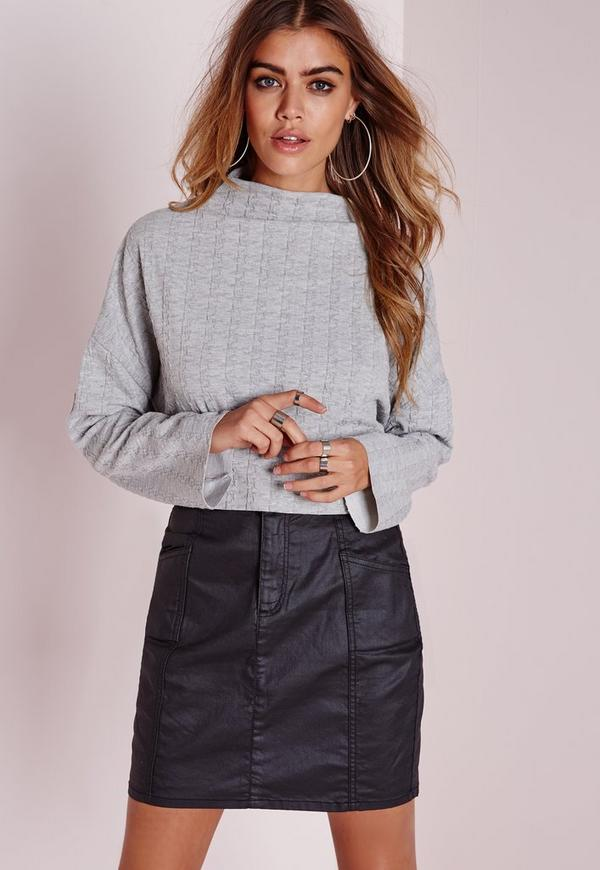 Dogtooth Embossed Raw Edge Crop Top