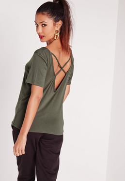 T-shirt vert kaki col en V et lanières croisées au dos