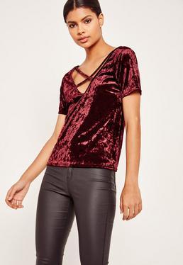 T-Shirt aus Knittersamt mit überkreuztem Bänderdesign vorn in Burgunderrot