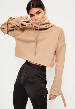 Beżowa krótka bluza z wiązaniami na rękawach i golfem
