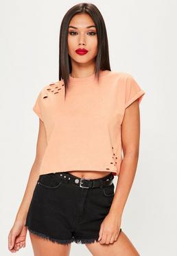 Różowy krótki T-shirt z dziurami
