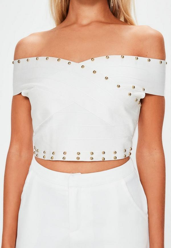 Crop Tops. You don't need to have a six-pack to rock a crop top, and GoJane is here to show you just how versatile (and wearable!) this warm weather top can be.