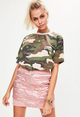 Barbie x Missguided Zielony luźny T-Shirt moro z logo Barbie