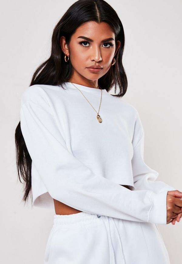 66bd9b9639255 White Raw Hem Cropped Sweatshirt