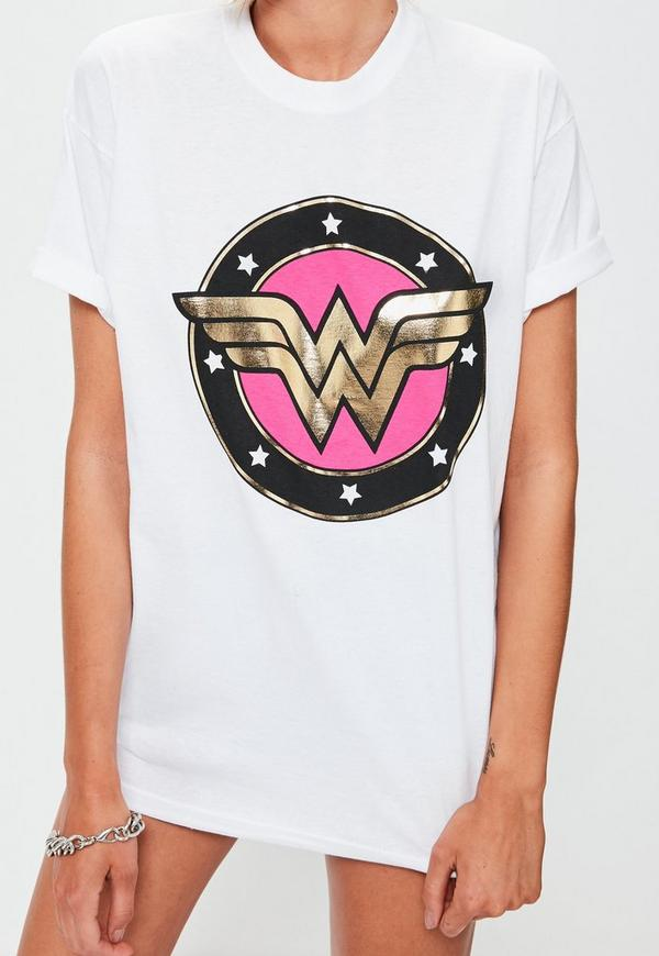 White wonder woman metallic graphic t shirt missguided for Wonder woman book shirt