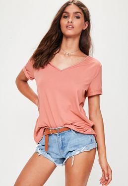 Camiseta boyfriend con escote en V rosa
