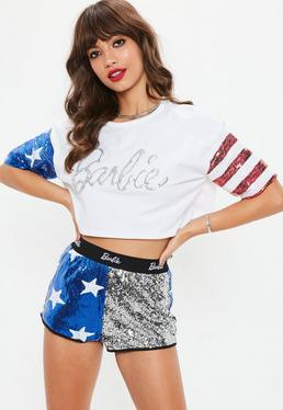 4a45de6a5c4d ... Barbie x Missguided Camiseta de mangas bandera america de lentejuelas  en blanco