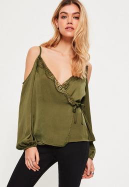 Blouse vert kaki en satin épaules dénudées