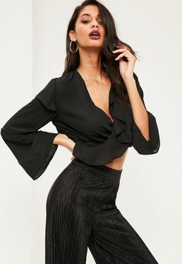 Blusa Crop de Gasa con Envoltura en Color Negro